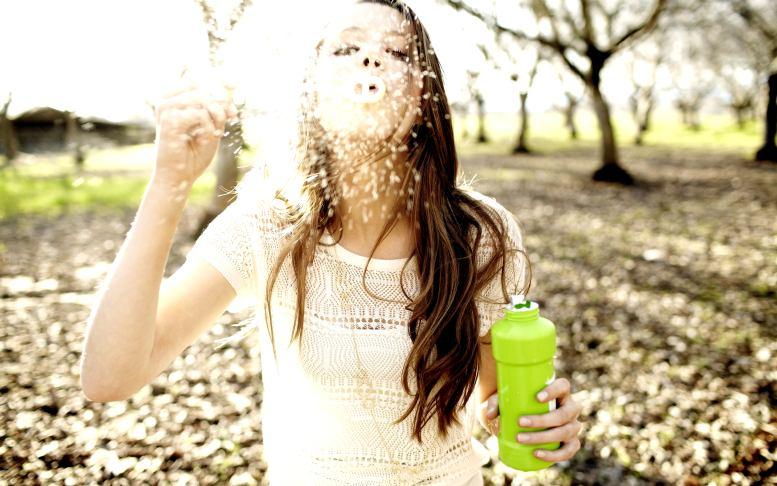 9 назойливых мыслей, которые мешают нам наслаждаться жизнью