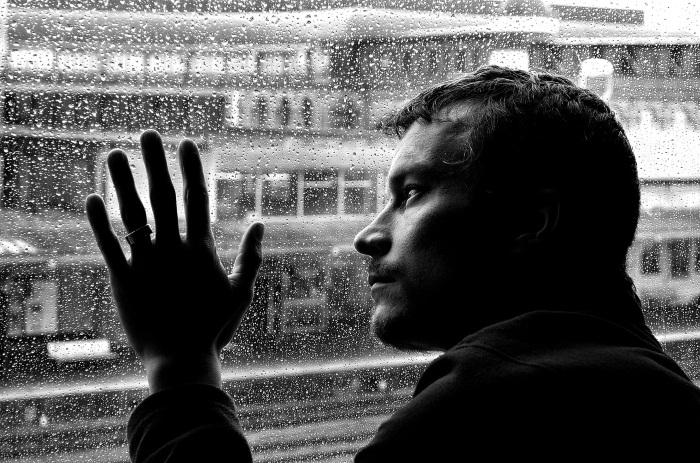 Как распознать депрессию: симптомы депрессии у мужчин и женщин