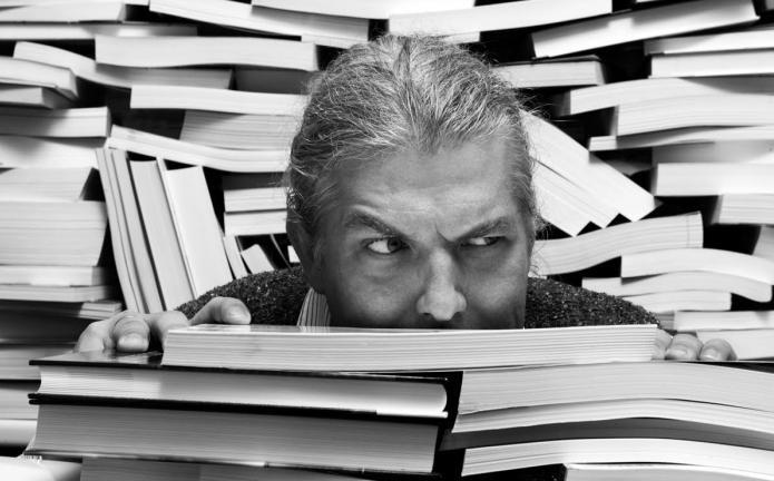 Как перестать быть мнительным и  накручивать плохие мысли: 6 способов